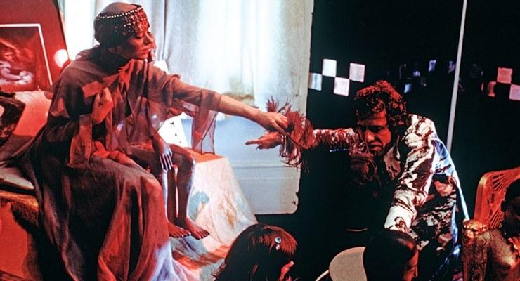 Kenneth Anger e Marianne Faithfull in Lucifer Rising (1972)